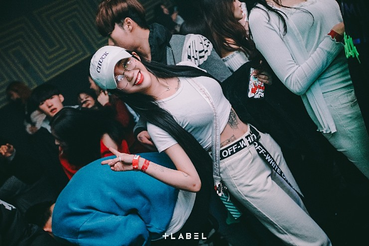 강남 클럽 레이블 사진 2020. 2 .1주차